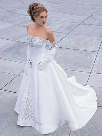 wedding dresses for older bridesclass=cosplayers